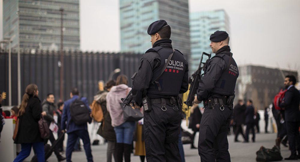 Espanha Destaca 44000 Agentes para Guardar Zonas Turísticas devido ao Receio de Ataques Terroristas