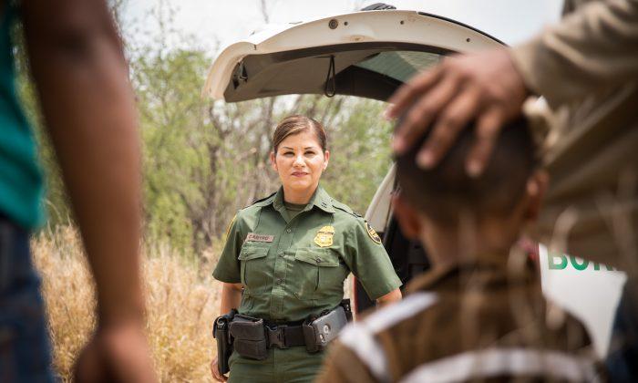 EUA: Imigrante Ilegal Comprou Bebé por $80 na Guatemala para Entrar Mais Facilmente nos EUA